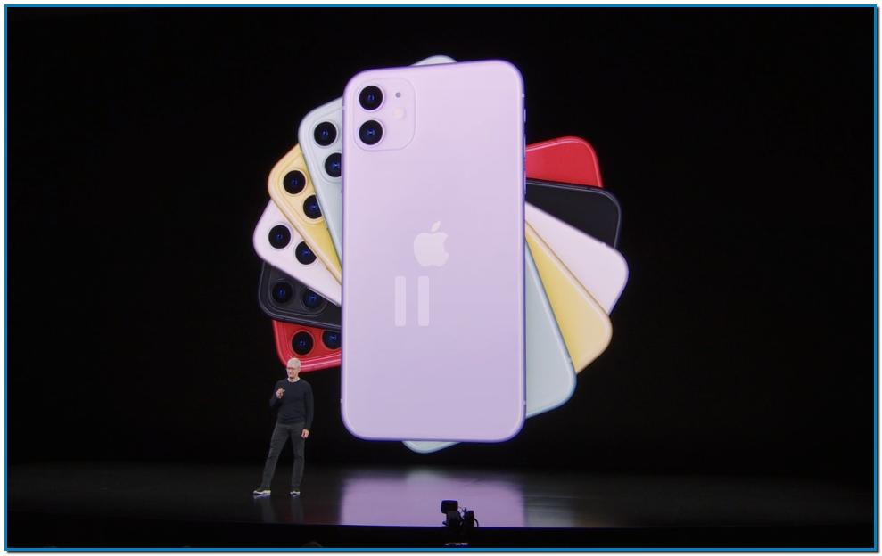 """Vítores entre la audiencia cuando Tim Cook da paso al producto más esperado de la tarde: el iPhone.  La compañía renovará esta tarde el iPhone XR, el iPhone XS y XS Max, """"unos teléfonos que combinados cuentan con un 99% de satisfacción entre sus clientes"""", explica Cook."""